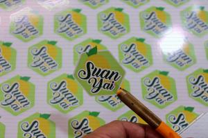 พิมพ์สติ๊กเกอร์ Suanyai